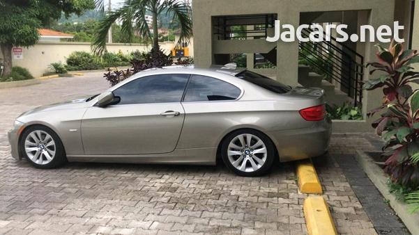 BMW 3-Series 2,6L 2011-1