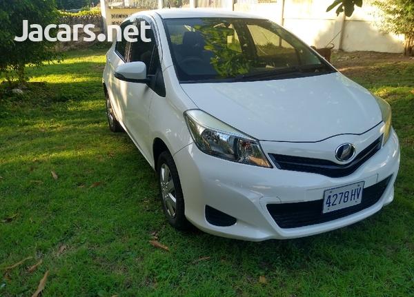 Toyota Vitz 1,3L 2013-5