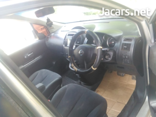Nissan LaFesta 2,0L 2008-7