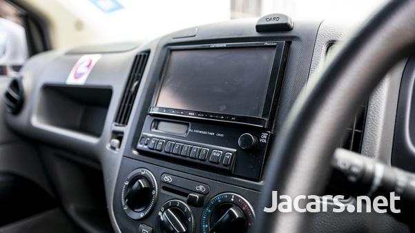 Nissan AD Wagon 1,8L 2010-4