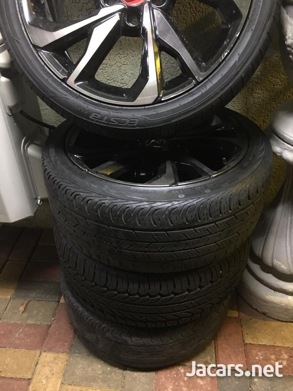 Honda Civic Sport 18 Inch Rims and Tyres-2