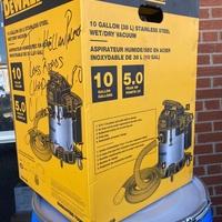 Dewalt 10 gallon vacuum