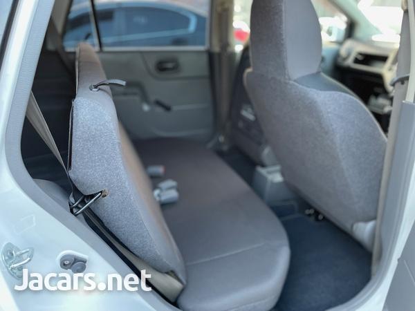 Nissan AD Wagon 1,6L 2016-9