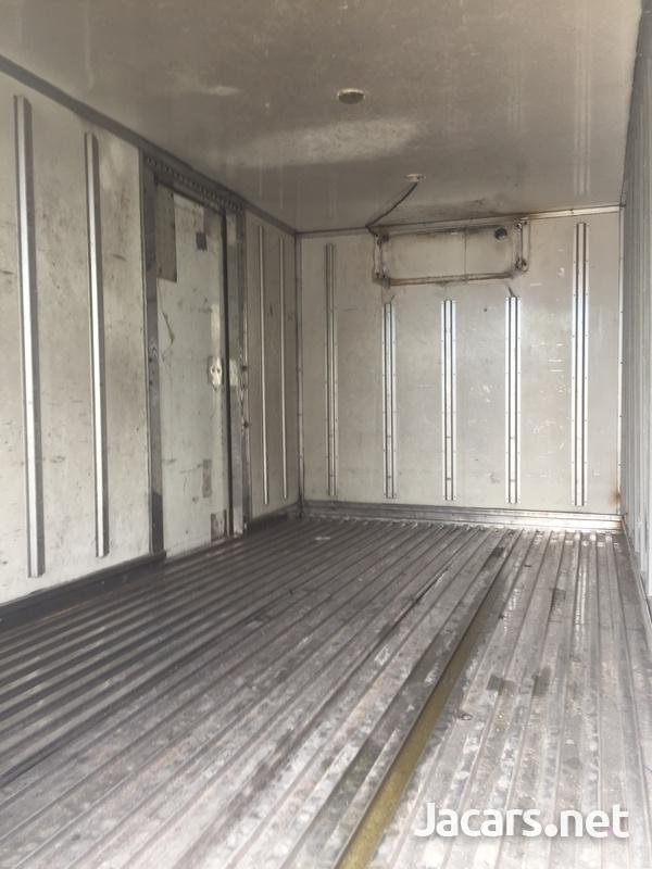 14 feet box body-6