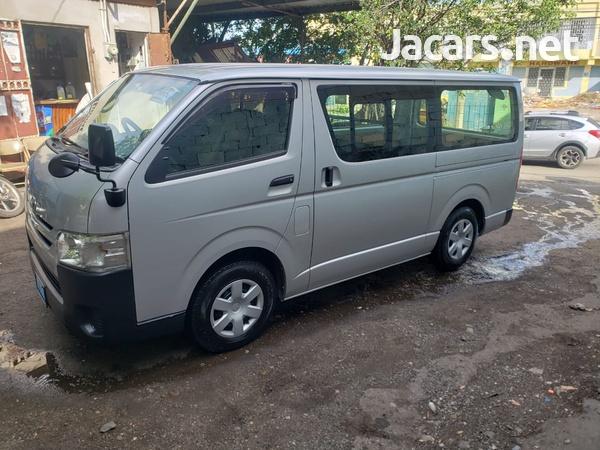 Toyota Hiace 2,5L 2014-4