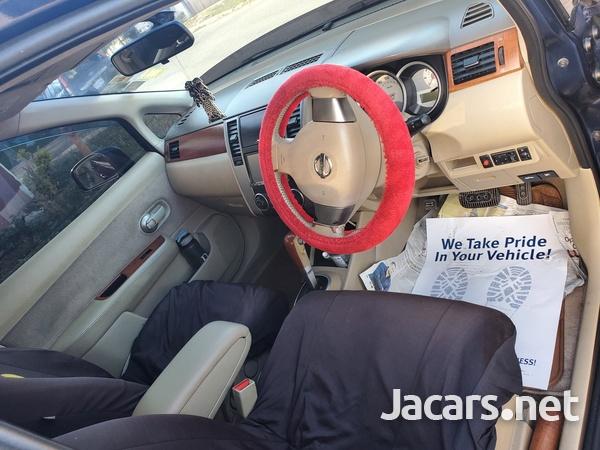 Nissan Tiida 1,4L 2010-4