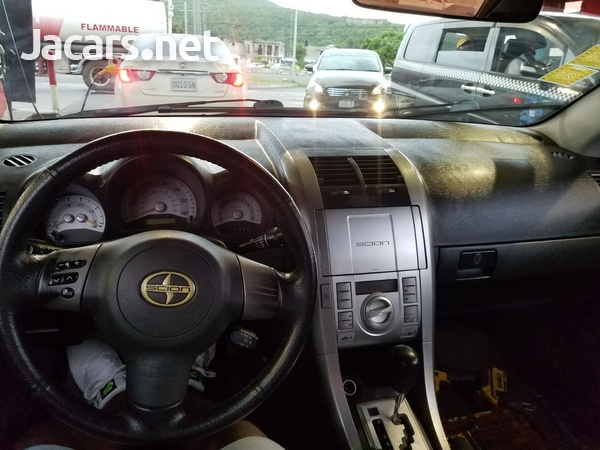 Toyota Scion 2,5L 2007-6