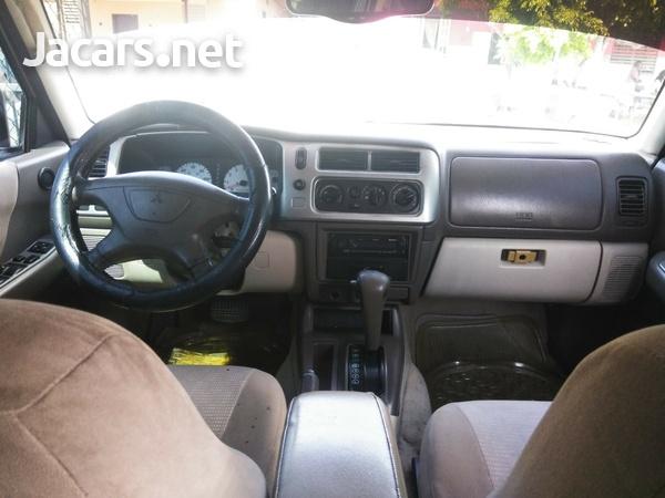 Mitsubishi Montero Sport 3,0L 2002-7