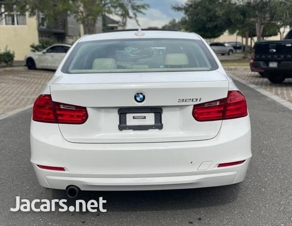 BMW 3-Series 2,0L 2015-6