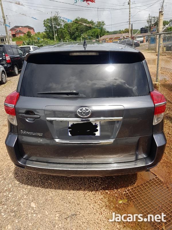 Toyota Vanguard 2,0L 2012-4
