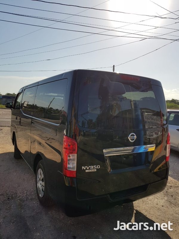 Nissan NV 350 2013-7