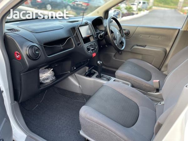Nissan AD Wagon 1,6L 2016-8