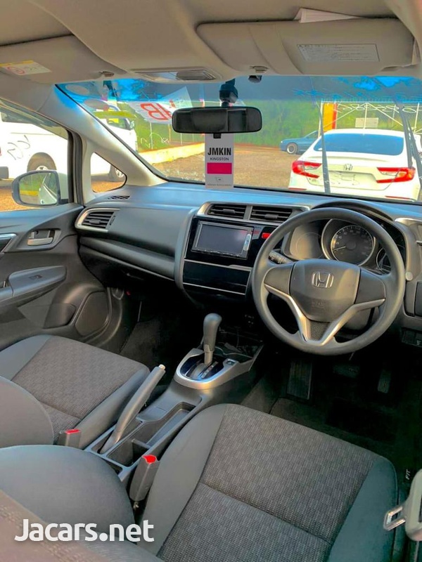 Honda Fit 1,5L 2015-9