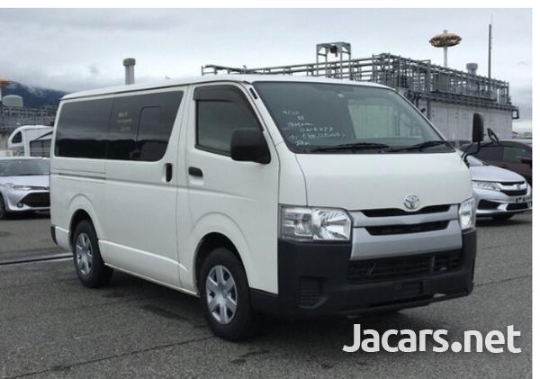 Toyota Hiace 2,0L 2015-3