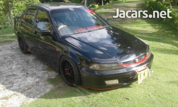 Honda Torneo 2,0L 2001-1