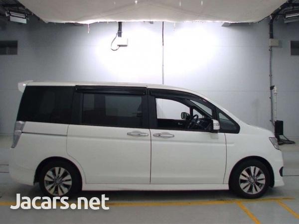 Honda Step wagon 1,8L 2012-4