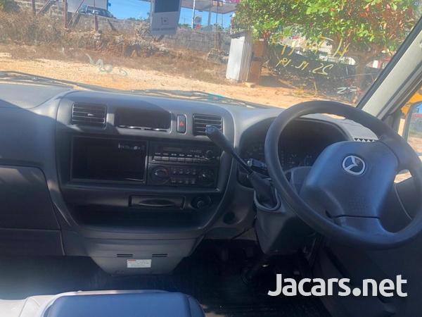 2014 Mazda Bongo-4