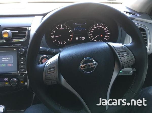 Nissan Teana 2,0L 2015-4