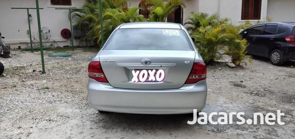 Toyota Axio 1,5L 2011-6