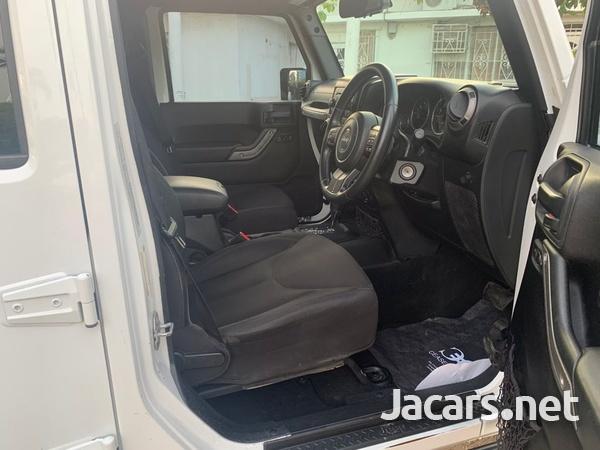 Jeep Wrangler Sport Unlimited 3,6L 2015-8