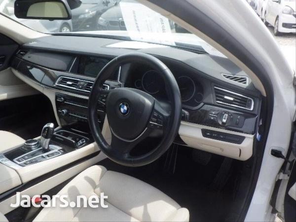 BMW 7-Series 0,4L 2014-11