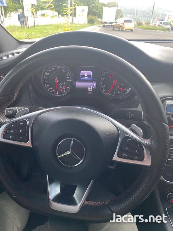 Mercedes-Benz CLA-Class 2,0L 2018-8