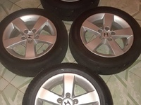 Honda stock rims and tyres