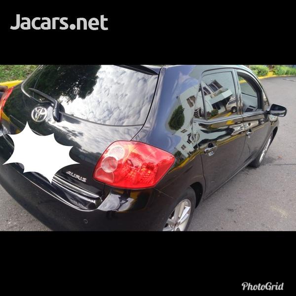 Toyota AURIS 1,6L 2008-1