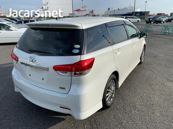 Toyota Wish 1,8L 2011-4
