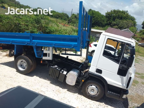 Iveco Ford Eurocargo-2