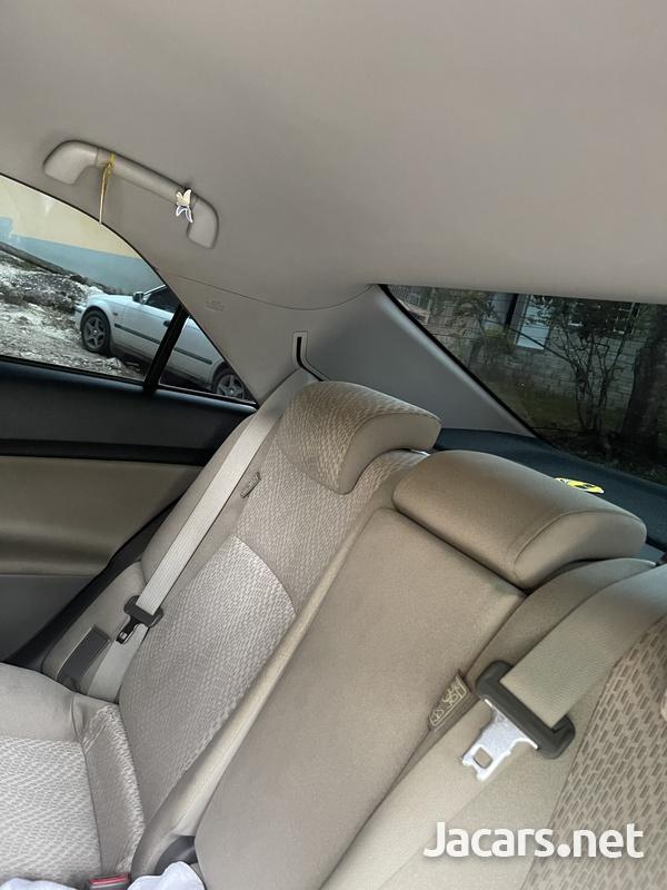 Toyota Mark X 2,1L 2012-6