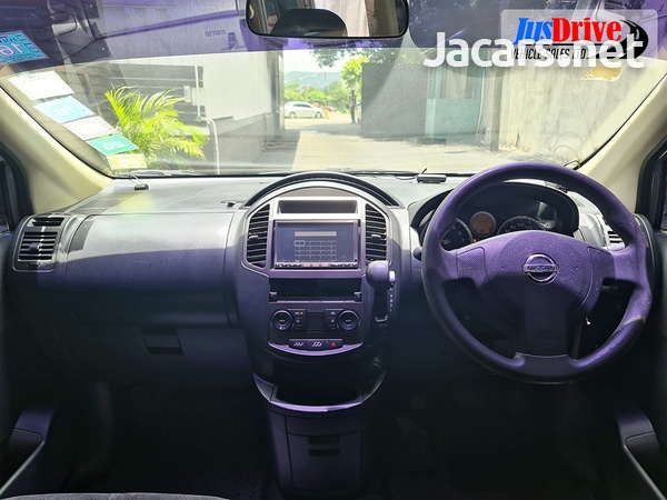 Nissan LaFesta 2,0L 2010-10