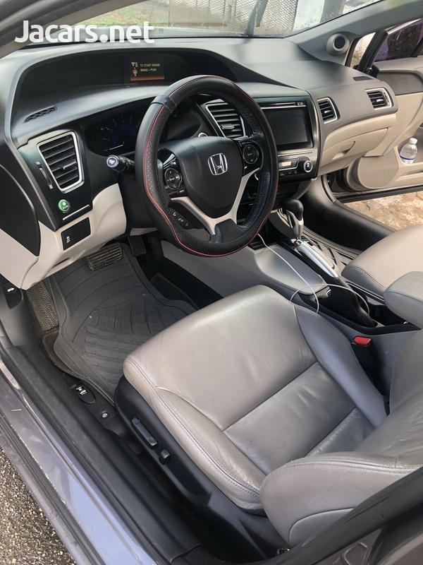 Honda Civic 1,8L 2015-7
