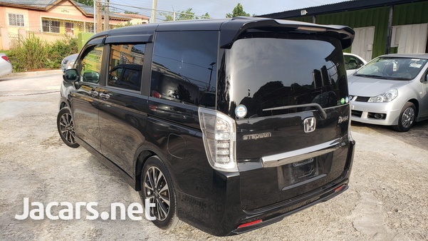 Honda Step wagon 2,0L 2012-12