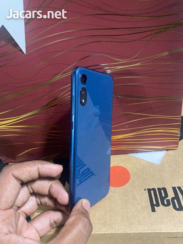Motorola Moto e2020-7