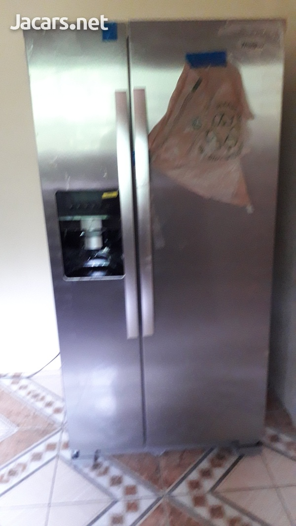 21.1cu ft whirlpool side by side refrigerator - New-1