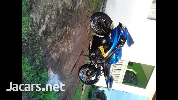 2010 GSX-R 750 Bike-3