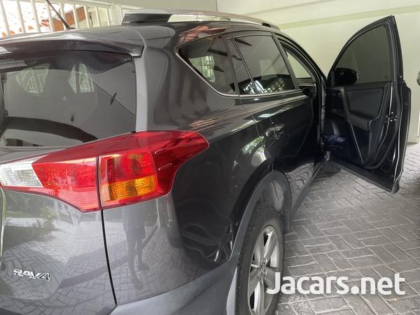 Toyota RAV4 2,0L 2015-3