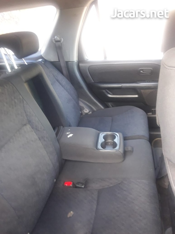 Honda CR-V 1,9L 2006-6