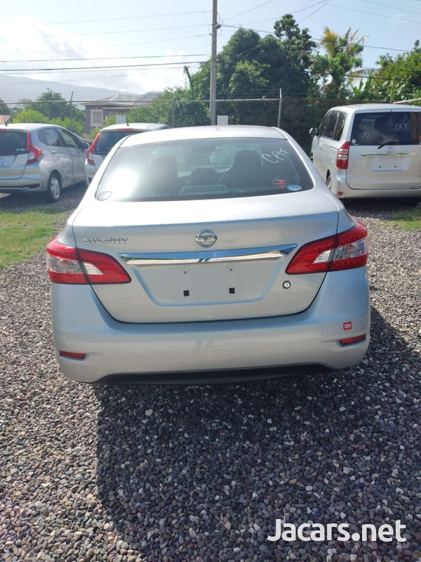 Nissan Bluebird 1,8L 2013-4