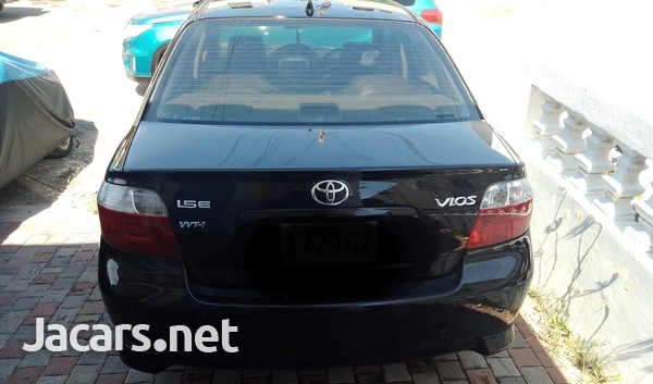 Toyota Vios 1,6L 2006-5