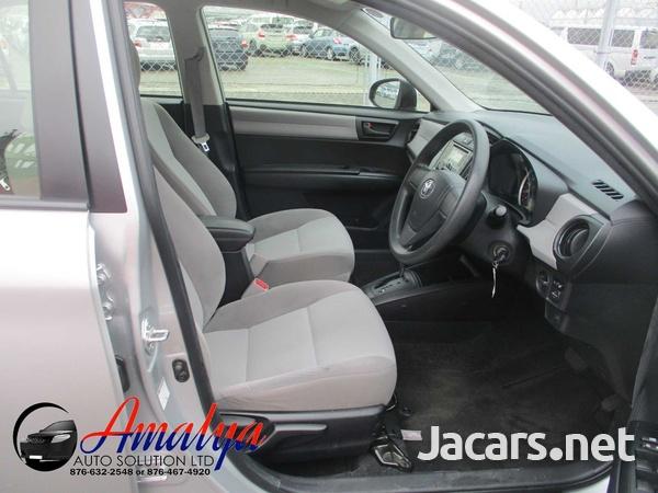 Toyota Axio 1,5L 2015-4