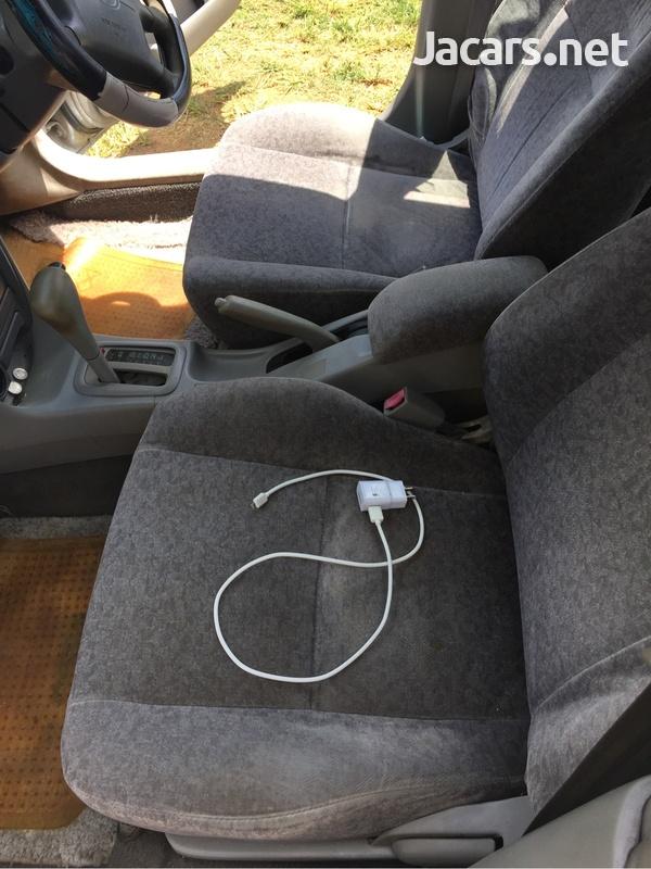 Toyota Corolla 1,8L 1999-6