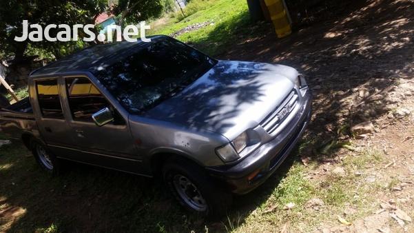 Isuzu Pick-up 2,0L 2000-5