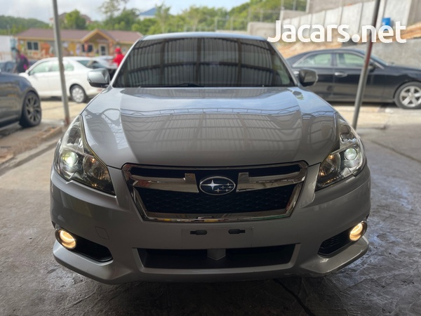 Subaru Legacy 2,5L 2014-1