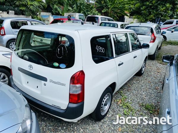 Toyota Probox 1,4L 2016-2