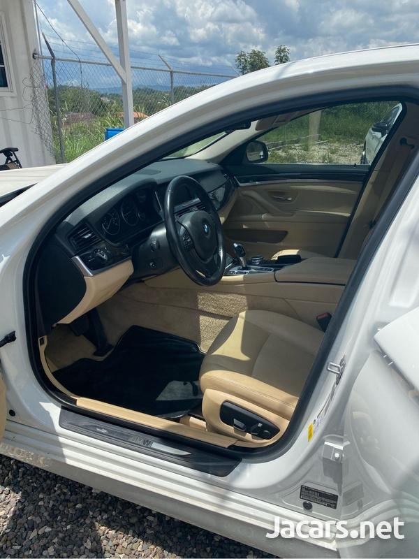 BMW 5-Series 2,5L 2015-7