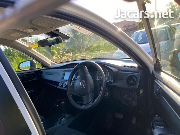 Toyota Axio 1,3L 2017-5