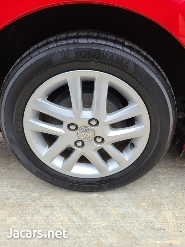 Toyota Fielder 1,8L 2012-15