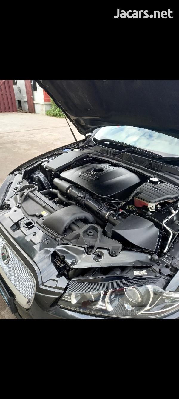 Jaguar XF 2,0L 2013-5